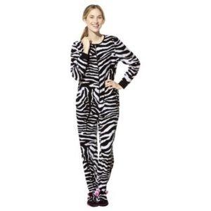 36593738d659 Nick   Nora Intimates   Sleepwear